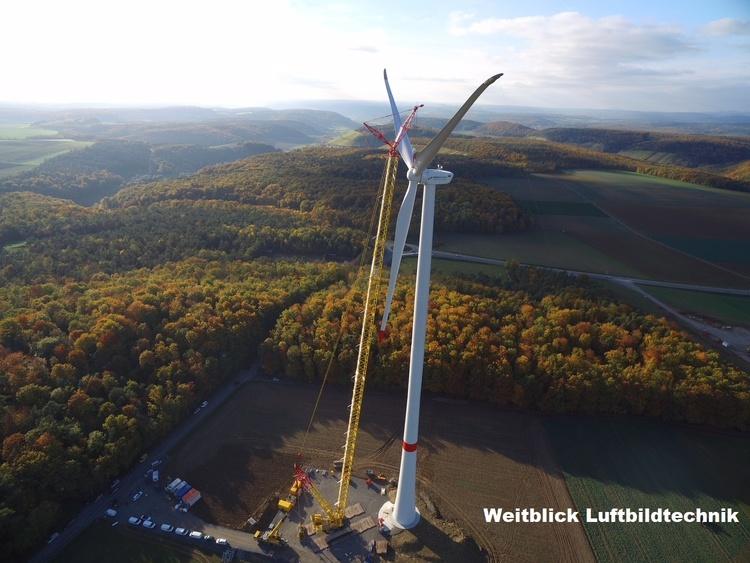 Foto- und Videodokumentation zum Bau eines Windpark mit Sondergenehmigungen.