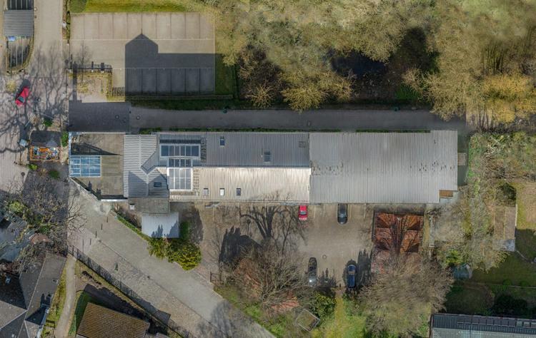Ein Orthophoto einer Immobilie (verzerrungsfreie und maßstabsgetreue Abbildung)